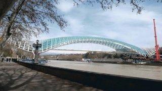 мост для пешеходов